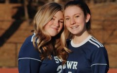 Avery Hillis and her sister, Grace.